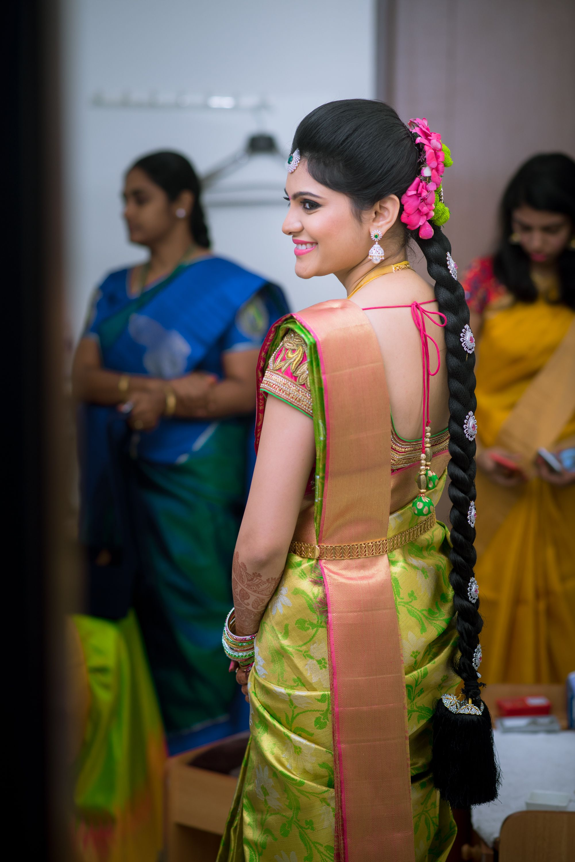 A Yearlong Wedding Planning Could Be The Best Kind Of Timing That Any Bride Could Ever Wish For Hea Wedding Blouse Designs Bridal Blouse Designs Indian Bridal
