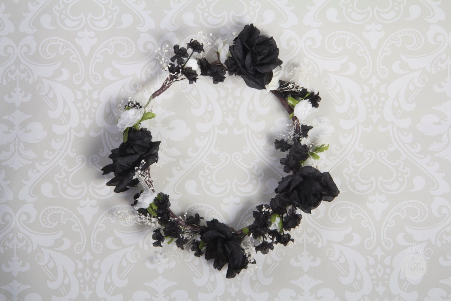 Black and white rose flower crown by eringabrielcrowns on etsy black and white rose flower crown by eringabrielcrowns on etsy httpsetsylisting228449773black and white rose flower crown izmirmasajfo