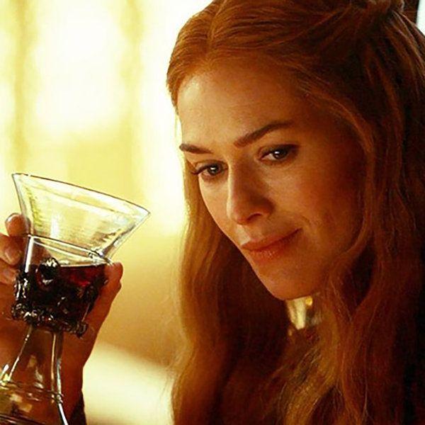 Si tras ver cómo murió Ramsay Bolton sobrealimentas a tus perros, la muerte de Joffrey Baratheon hizo que nunca más volvieras a probar el vino (o lo hagas con desconfianza), o desde que asististe a...