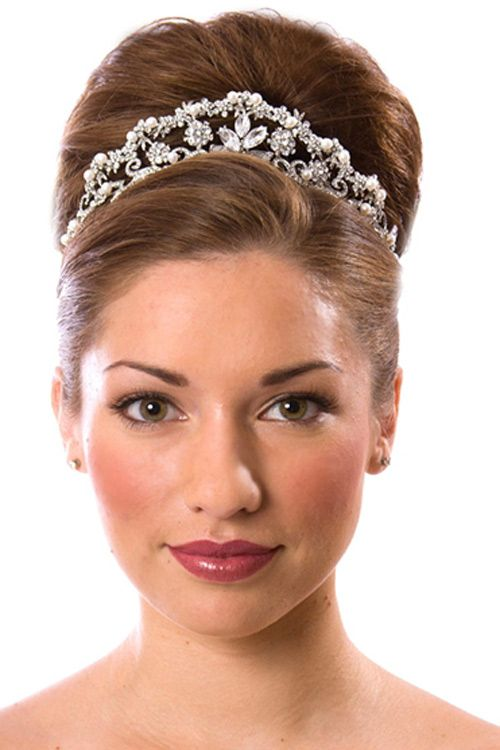 Sweet 16 Updo Hairstyles With Tiara