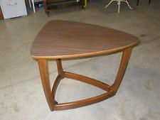 MID CENTURY DANISH MODERN GUITAR PICK END COFFEE TABLE EAMES STYLE WOOD LEGS