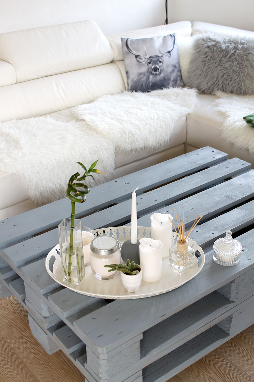 Homestory Einblicke In Unser Neues Wohnzimmer Europaletten Tisch LandliebeKuschelnHolzbauWohnungseinrichtungFerienwohnungTischeZuhause Dekoration