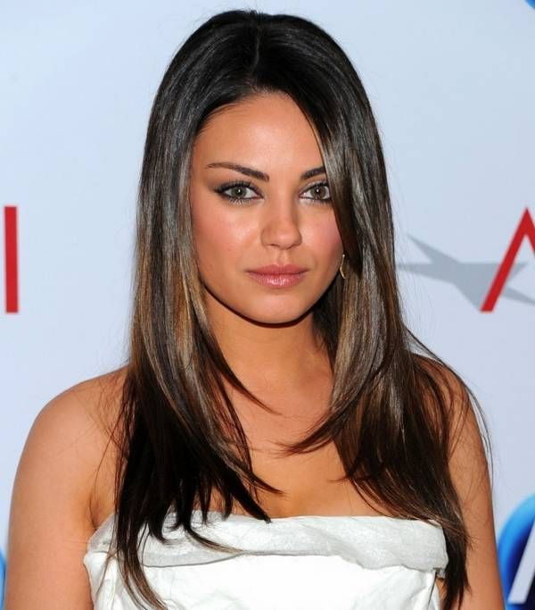 Loose Straight Hair Style, Women Hottest Hairstyles for Summer ...