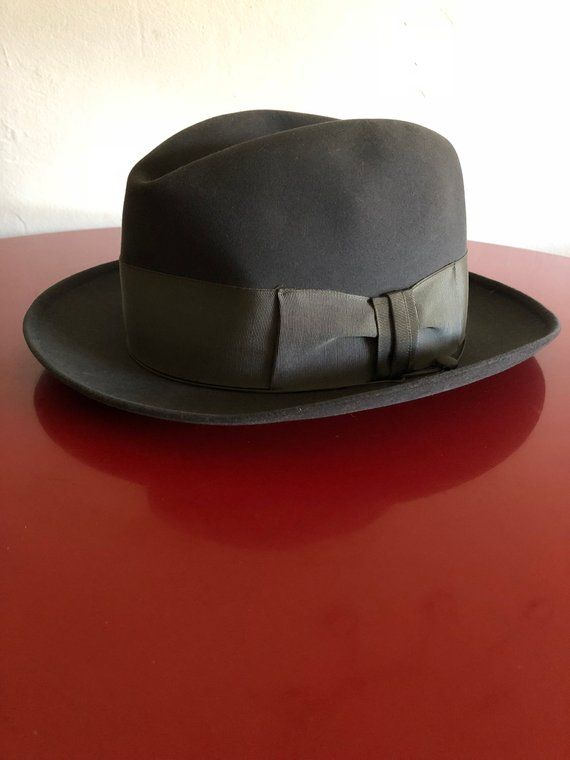 688cd0f8bf6 Vintage 1950s Stetson 3x Beaver Quality hat made by Stetson Company from  Moores California. In very good condition with minimal wear. Hat is a size  7