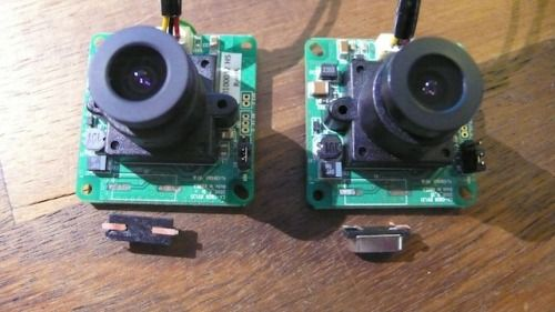 How to synchronise two CMOS Camera Modules for Stereo Vision