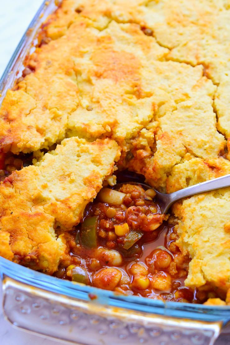 Vegan Tamale Pie In A Pan With A Slice Taken Out Vegan Tamales Tamale Pie Whole Food Recipes