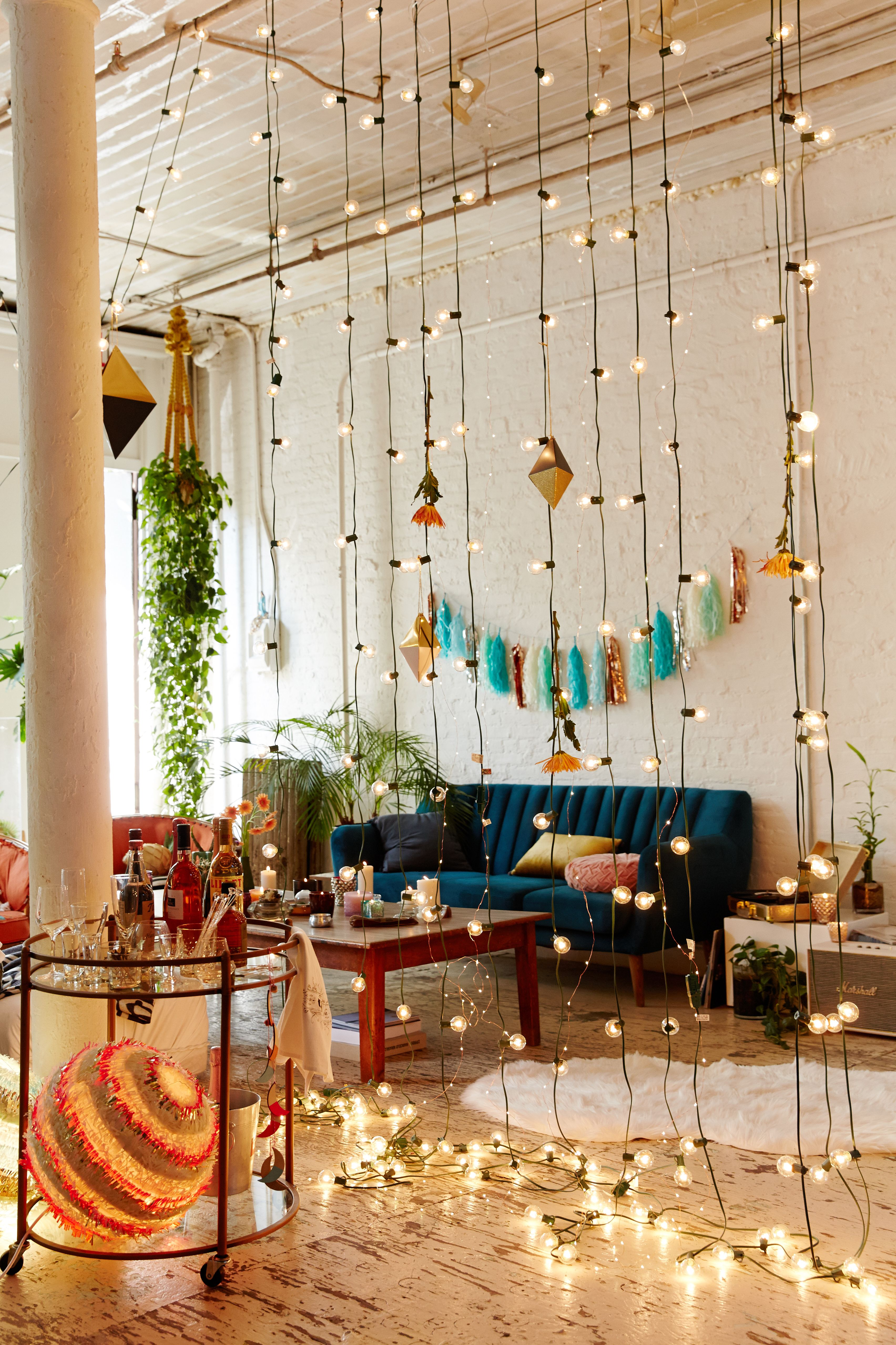 Make Your E Extra Festive By Making A Curtain Of Lights To Divide Hanging Living Roomlights