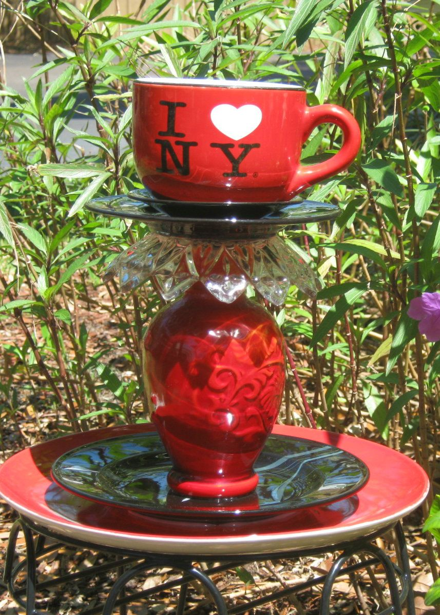 This was created especially  for those of you who love New York.  It would look great on your table, patio etc.