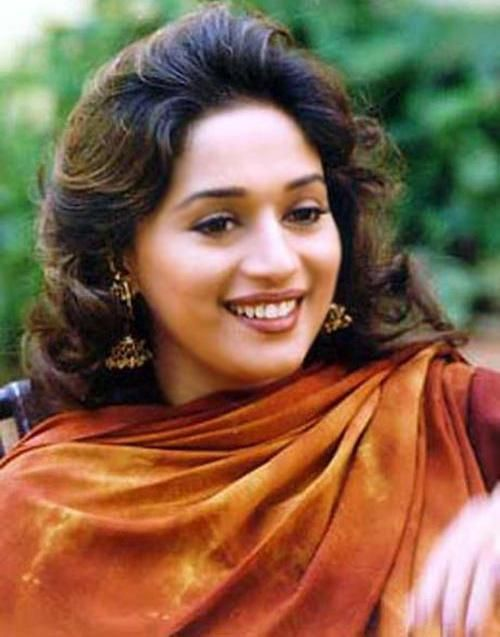 Wallpaper Autumn Madhuri Dixit Hd Wallpapers Free Download 500 637