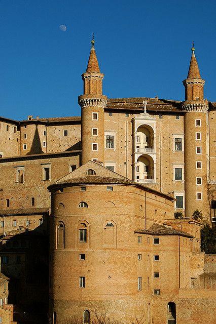 Palazzo Ducale of Urbino, Marche #marche #landscape #italy #italia #mountains #travel #italy #italia #mountain #montagne #apennines #appennini #urbino #pesaro #castle