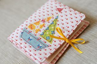Nadelheft / Needlebook by ellis & higgs, via Flickr