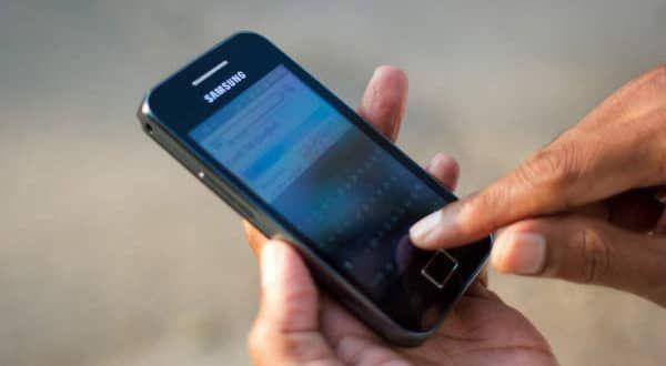 Il costo di una telefonata a un numero di servizio postvendita non dev'essere superiore a quello di una telefonata standard