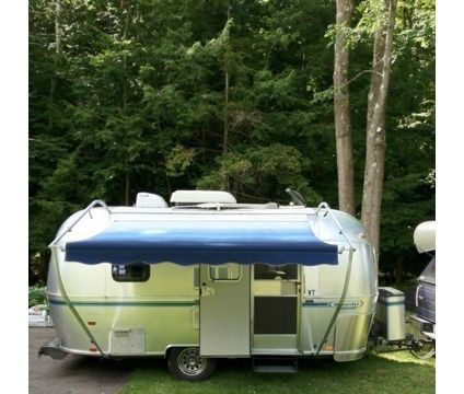 Mint Condition Airstream Bambi 1999 is a 1999 Airstream