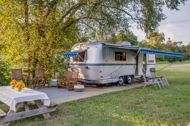 Midcentury Modern Airstream Trailer Is Great For Mobile Small Space Living Trailer Home Airstream Trailers Small Spaces