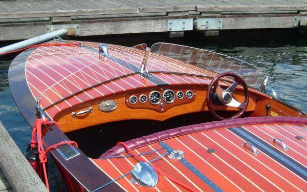 Mahogany Runabout Google Search Mahogany Boat Runabout Boat Classic Boats