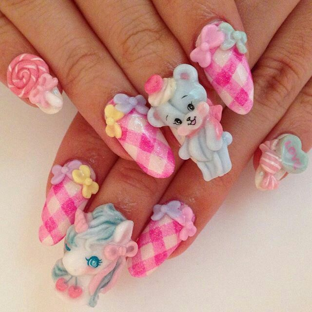 Pin by Sarah Nichols on (>‿◠)Kawaii Nails(^◡^ ) | Pinterest ...