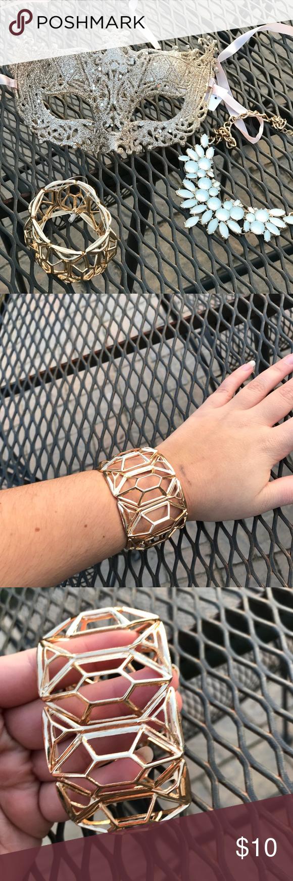 Gold chunky bracelet gold chunky statement bracelet brand new