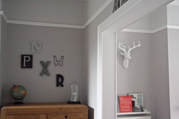 crown eglise below picture rail and dulux poilished. Black Bedroom Furniture Sets. Home Design Ideas