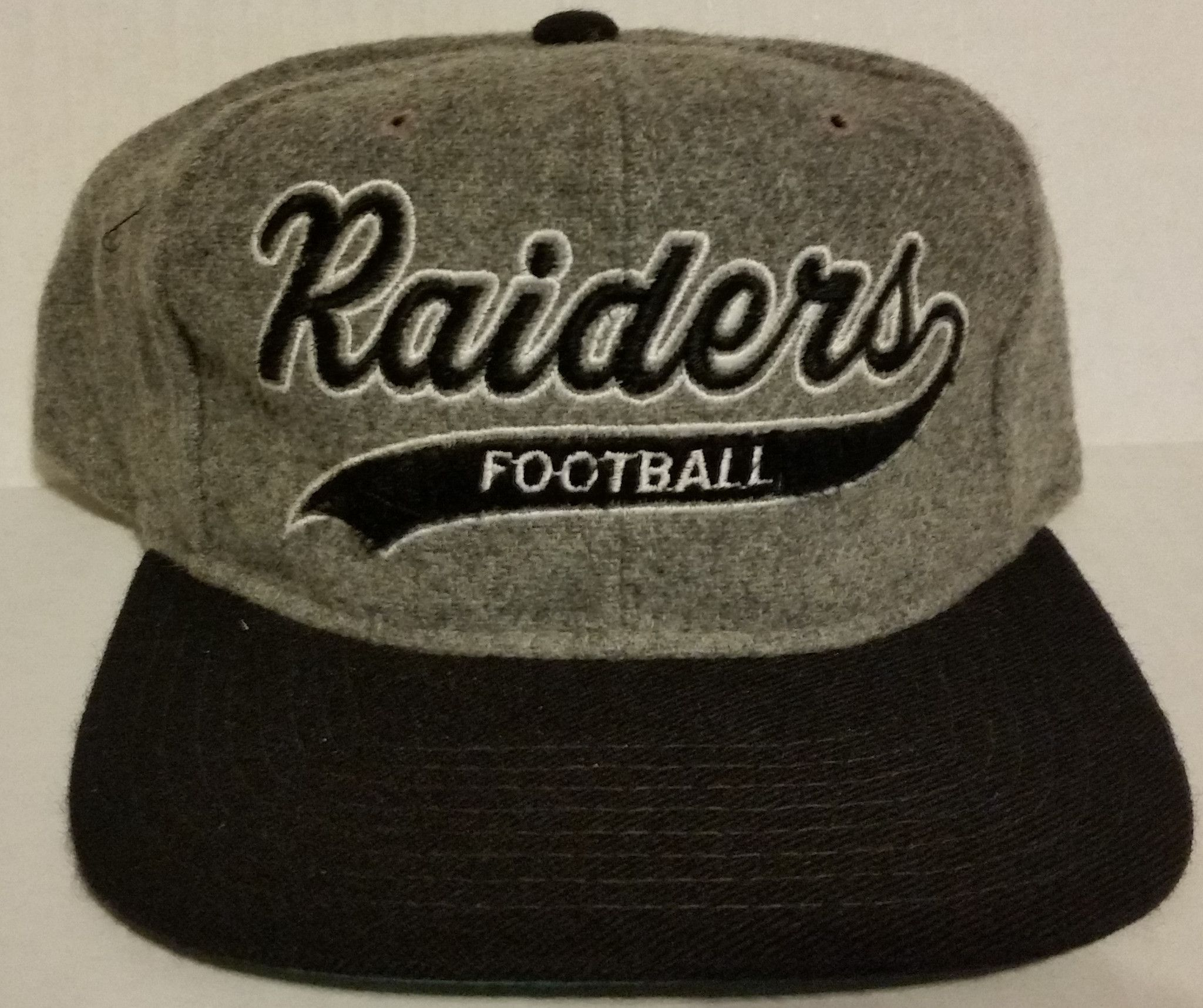 46562f2384a Los Angeles Raiders Vintage Snapback Starter Melton Wool Script Hat 90 s LA  NWA
