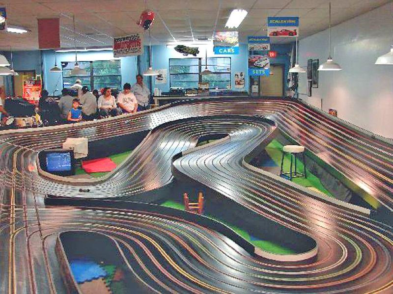 The Race Place Scale Model Auto Raceway ( Near Daytona