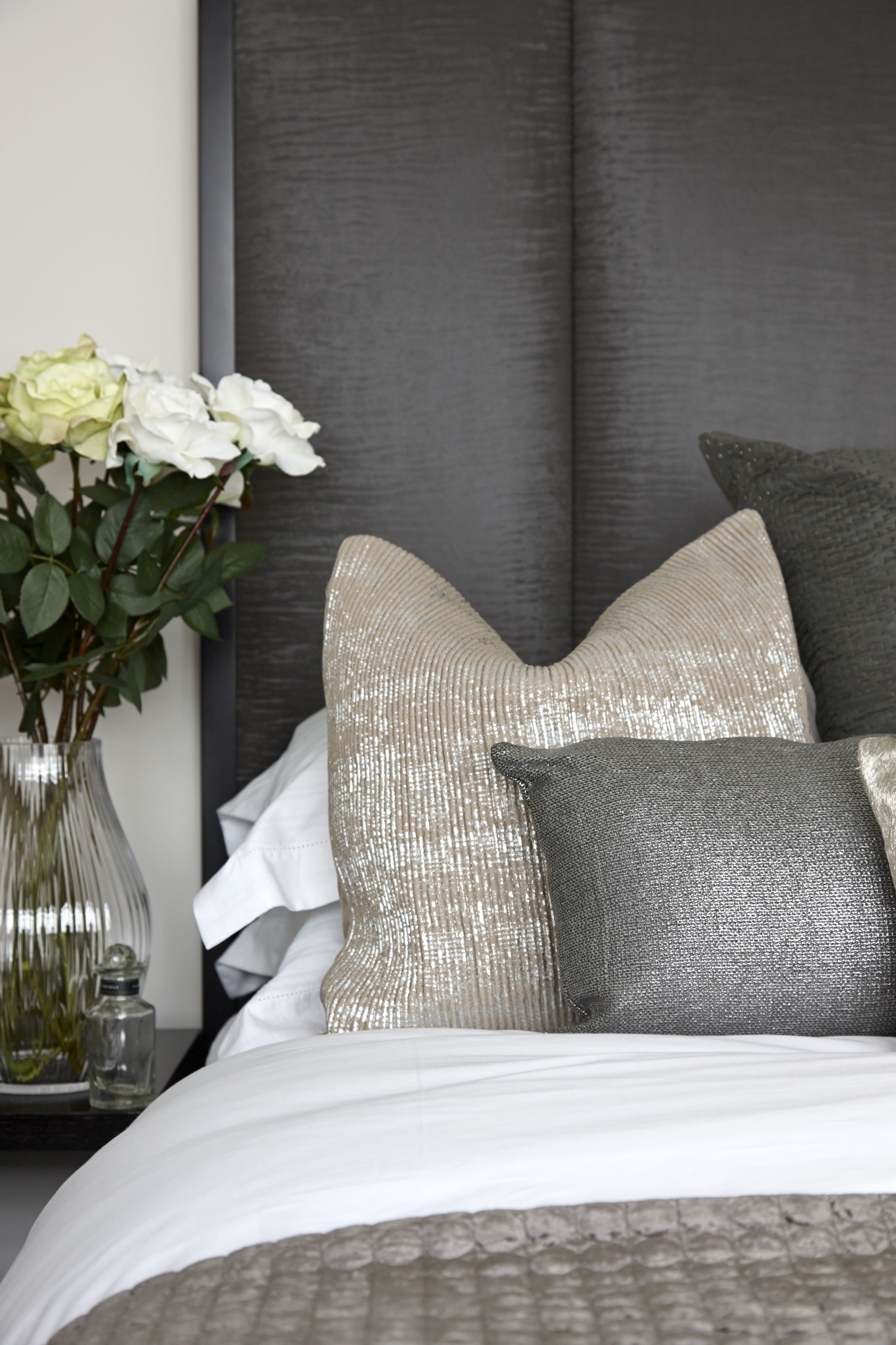 10 ways to add texture to your home apartment number 4 for Bed back decoration