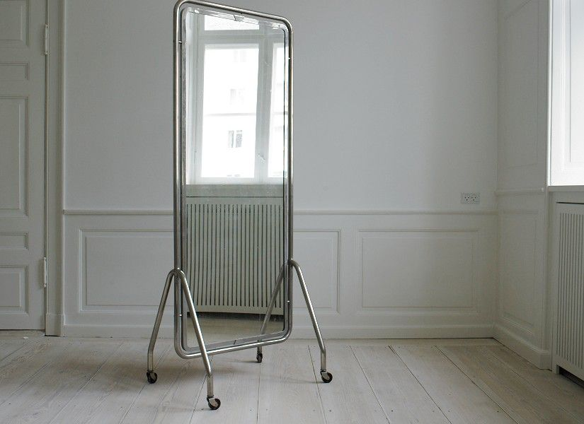 Floor mirrors on wheels are distinguished by great portability ...