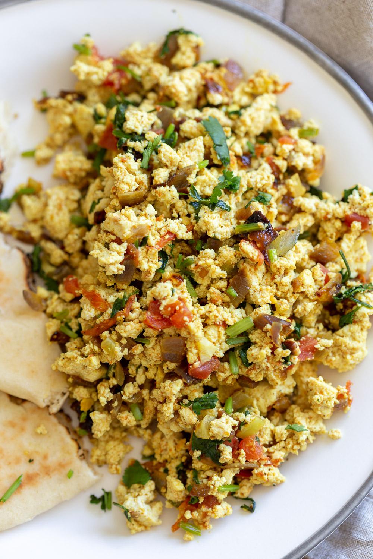 Tofu Bhurji Vegan Bhurji Indian Breakfast Scramble Vegan Richa Recipe In 2020 Indian Breakfast Vegetarian Recipes Recipes