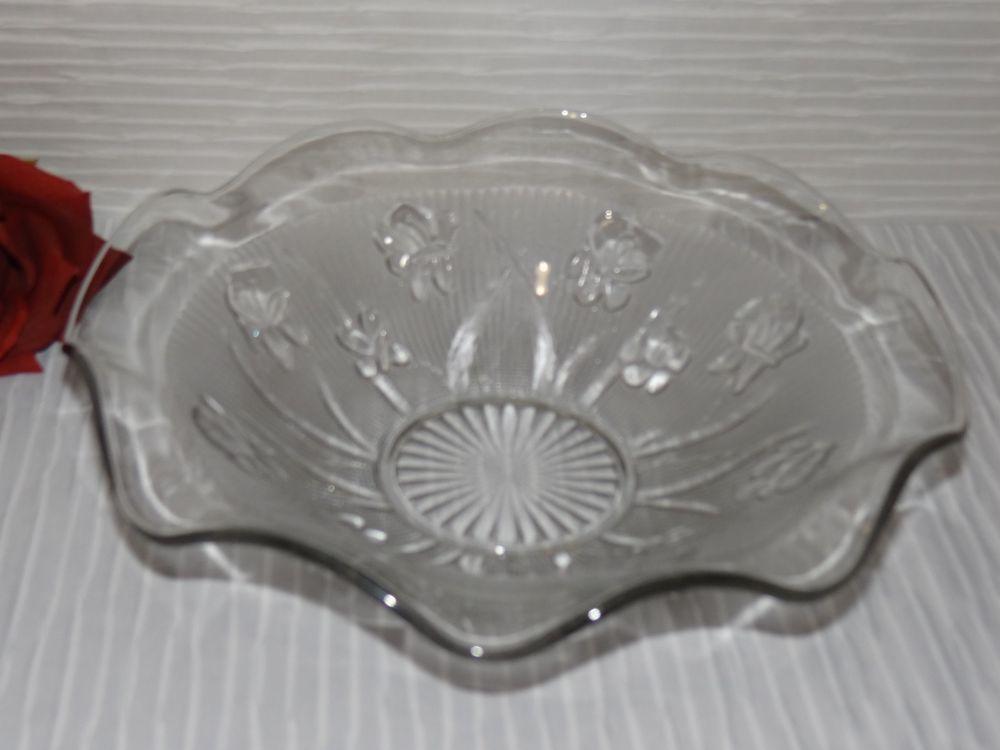 "Jeannette Iris Herringbone Ruffled Serving Bowl Clear Glass 11"" Fruit Round"