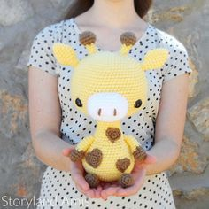 PATTERN: Cuddle-Sized Giraffe Amigurumi, Crocheted Giraffe Pattern, Giraffe Toy Tutorial, PDF Crochet Pattern #eyeshaveit