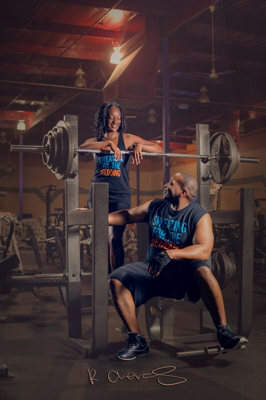 Gym engagement | Fitness photoshoot, Gym couple, Workout ...