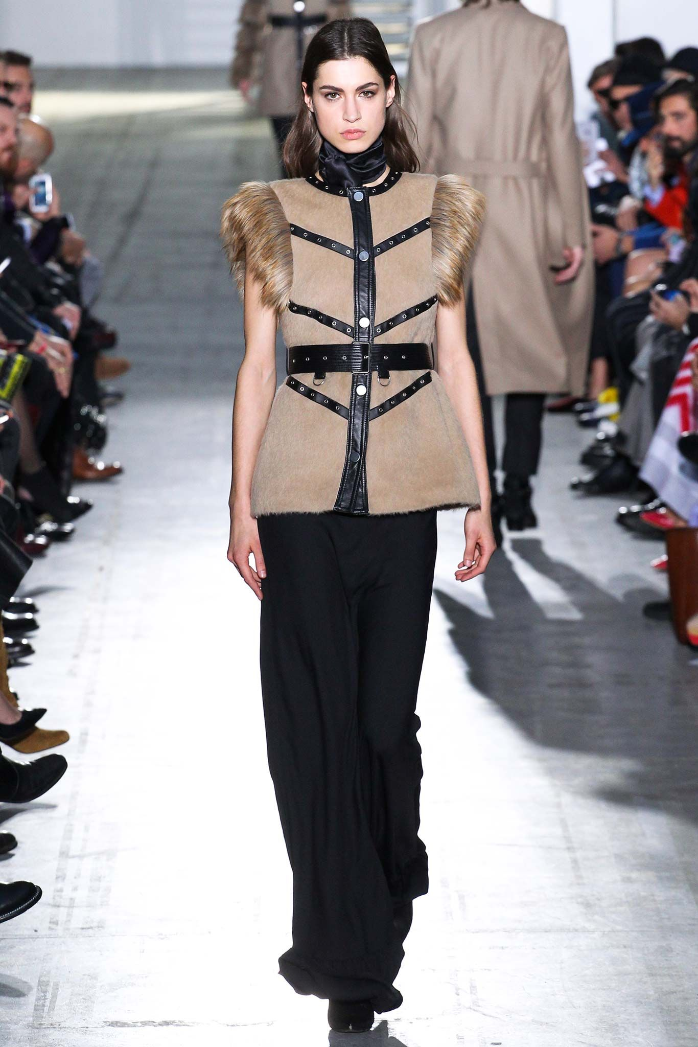 Costume National - Fall 2015 Menswear - Look 4 of 40