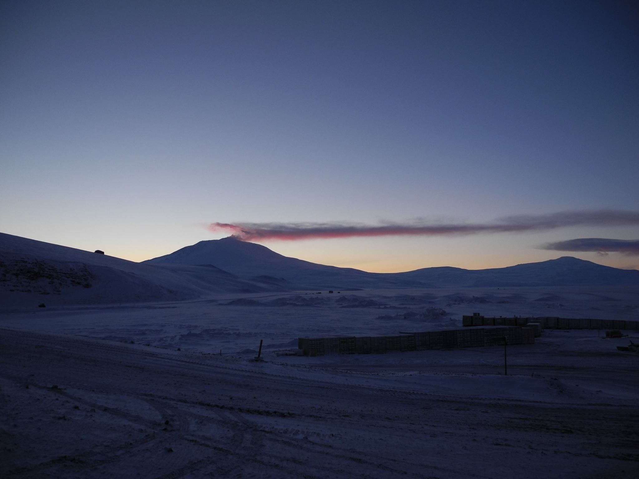 Scott Base, Erubus Simon Shelton .. Antarctica New