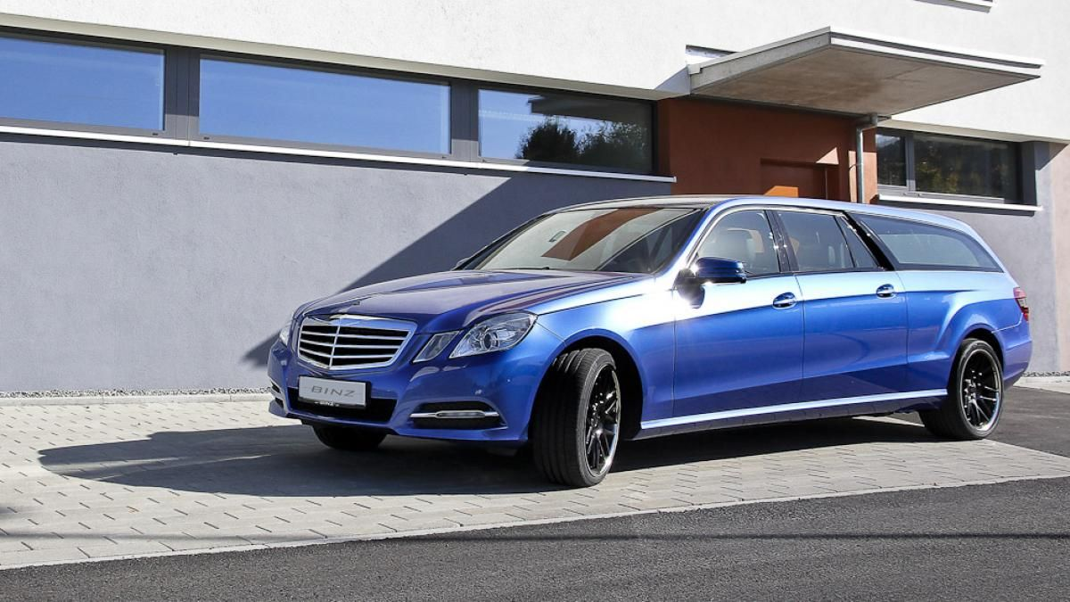 Stretched Mercedes E Class Wagon Is The Weirdest Car We Ve Seen Today Mercedes E Class Mercedes Mercedes Benz G Class