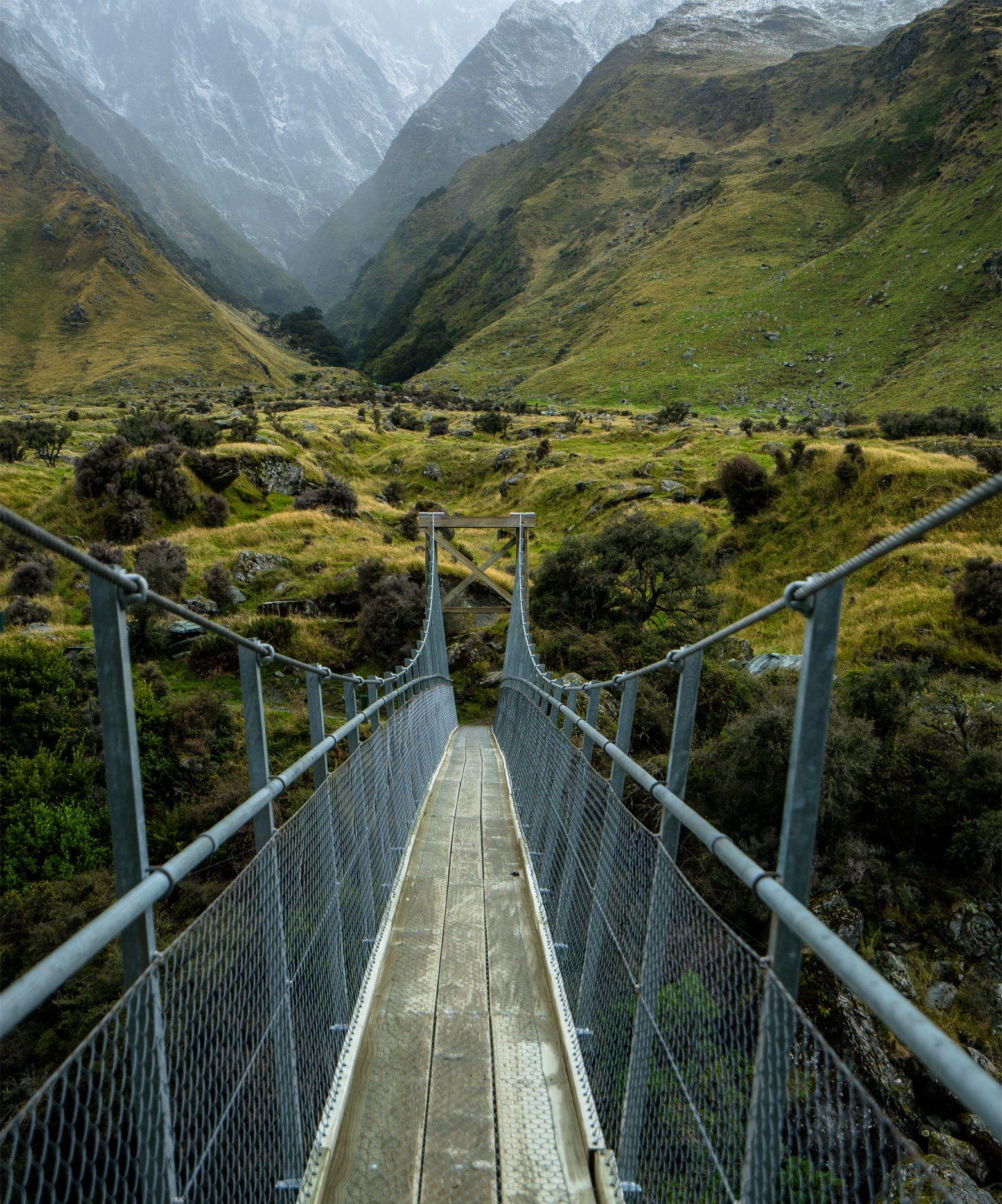 Best 25+ Wanaka new zealand ideas on Pinterest   New zealand mountains, New zealand and Blue ...