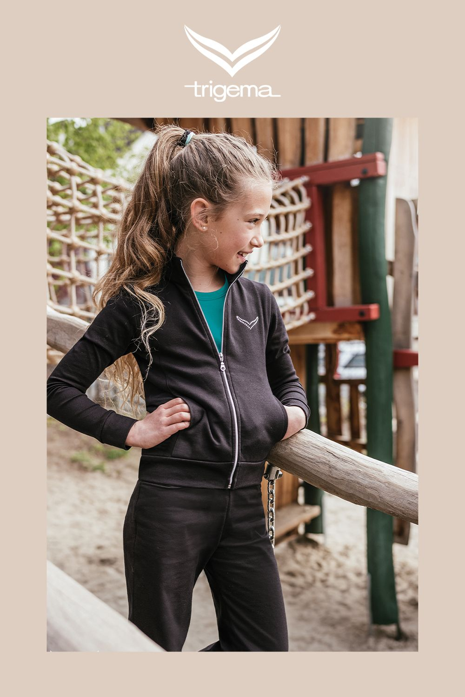 Freizeitanzug Fur Kinder Mit Swarovski Kristallen Jacken Kind Mode Nachhaltige Mode