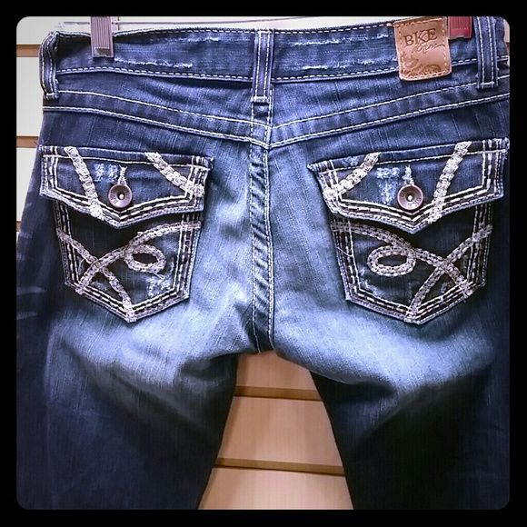 BKE denim Madison boot. Size 27x31 Excellent condition BKE Jeans Boot Cut
