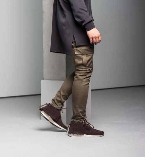 http://chicerman.com  billy-george:  These cargo pants are so dope!  #streetstyleformen