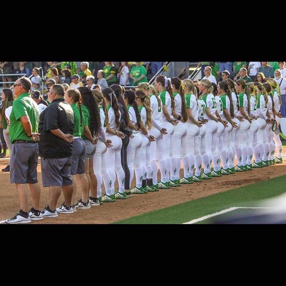 Oregon Ducks Softball Ass Team