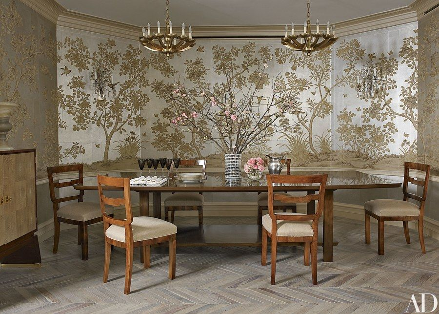 Hand painted wallpaper by Gracie adds shimmer to