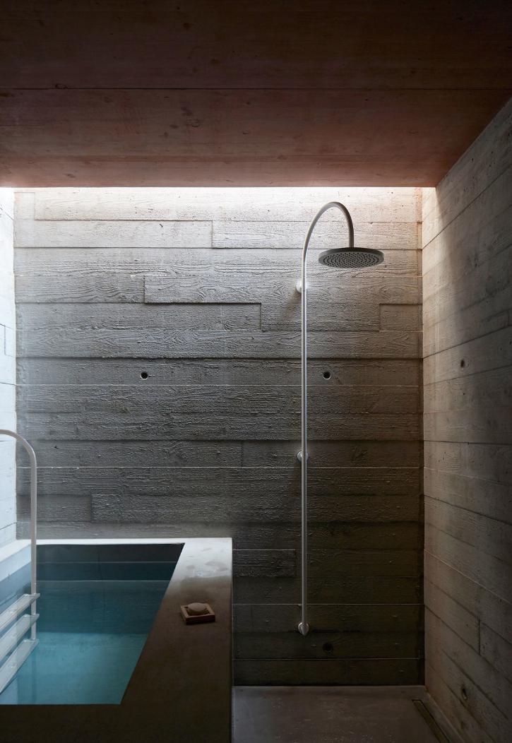 Cbf Cement Board Fabricators Residential Projects: Board Formed Concrete Shower