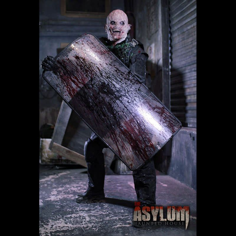 City Of The Dead & Asylum Haunted House