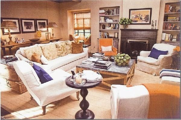 """""""It's Complicated"""" movie family room layout"""