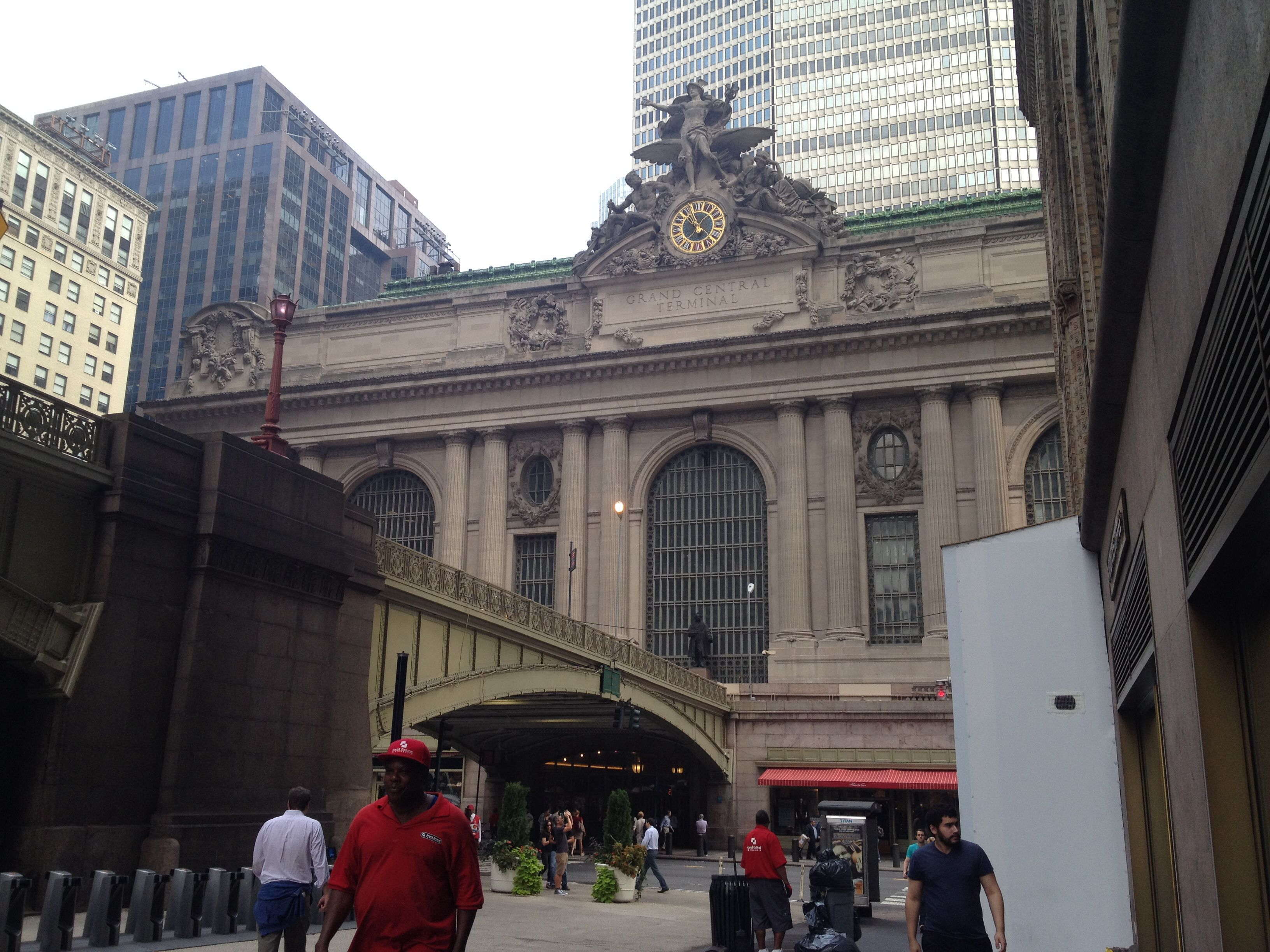 Grand Central Terminal And The Park Avenue Viaduct Grand Central Terminal New York City City