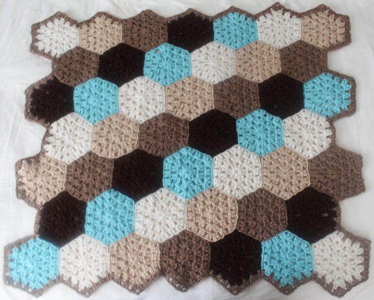 Free crochet pattern: Hexagon Honeycomb Stroller Blanket by ...
