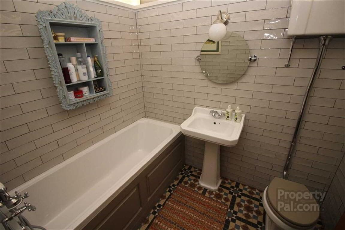 29 Hollybrook Road, Hightown, Newtownabbey #bathroom
