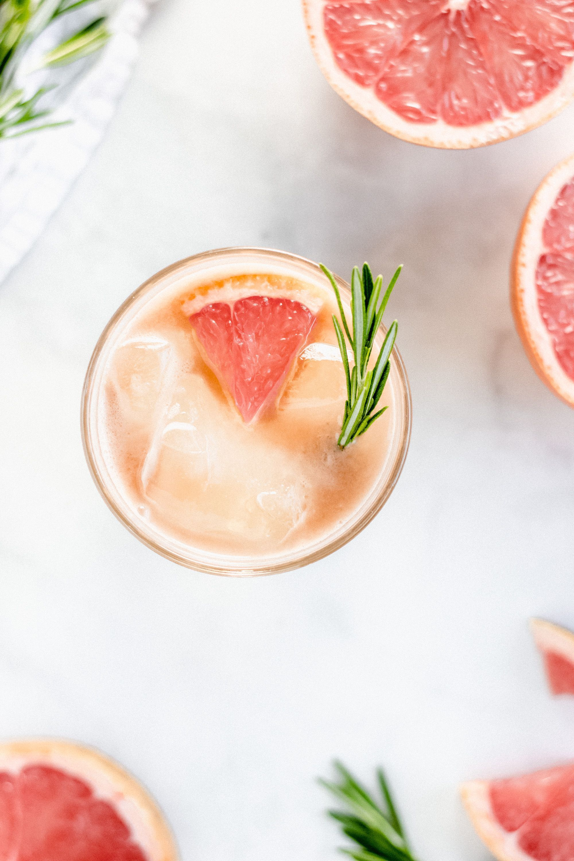 Rosemary Infused Grapefruit Cocktails #grapefruitcocktail Ruby Boulevard - A refreshing whiskey based cocktail enhanced with fresh grapefruit and rosemary  honey simple syrup #grapefruitcocktail Rosemary Infused Grapefruit Cocktails #grapefruitcocktail Ruby Boulevard - A refreshing whiskey based cocktail enhanced with fresh grapefruit and rosemary  honey simple syrup #grapefruitcocktail Rosemary Infused Grapefruit Cocktails #grapefruitcocktail Ruby Boulevard - A refreshing whiskey based cocktail #grapefruitcocktail
