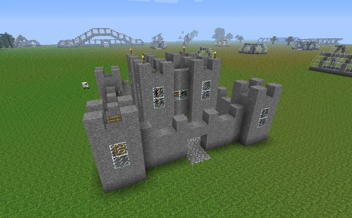 Simple minecraft castle castles walls and towers for Simple houses to build
