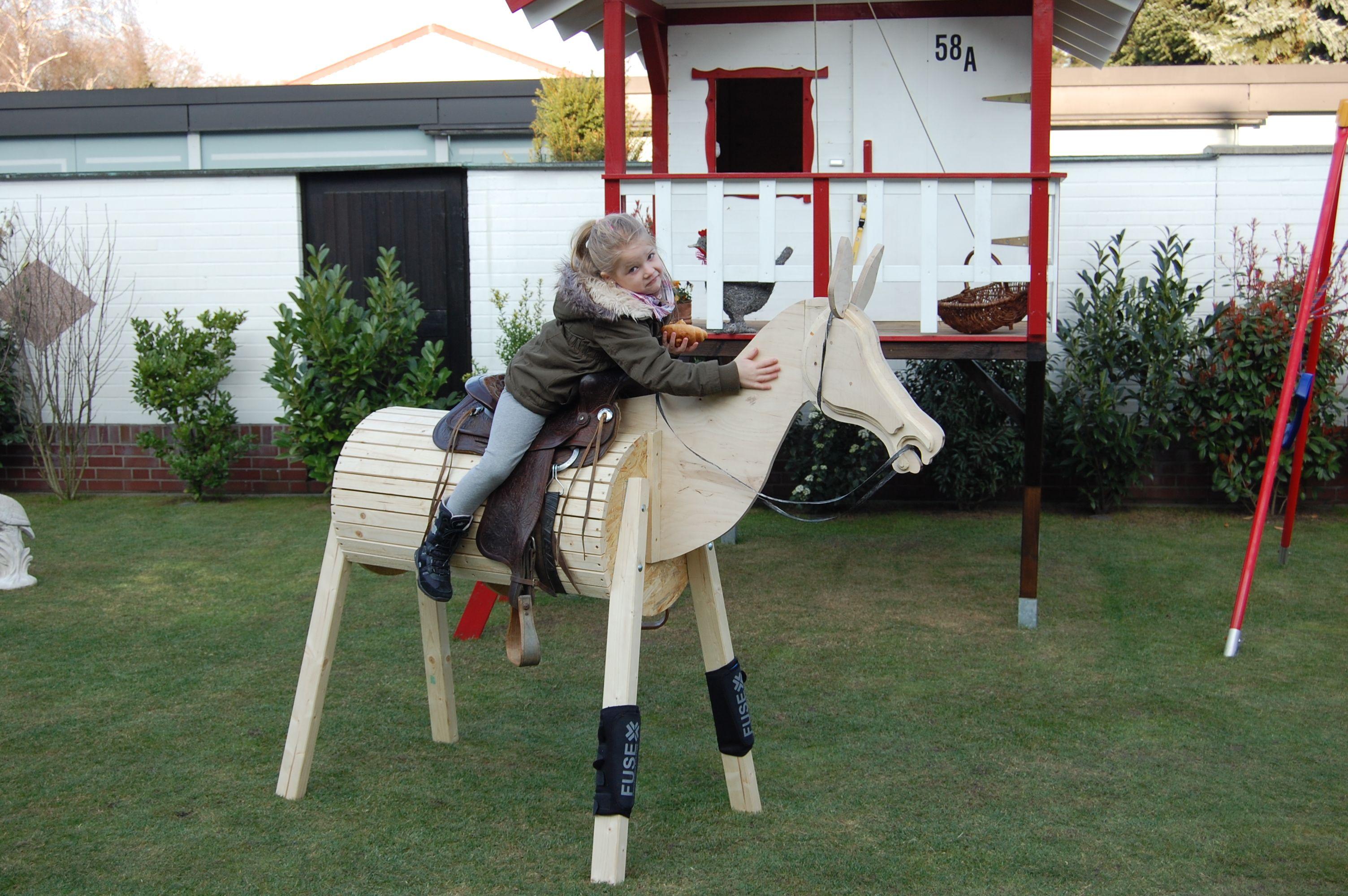 volitirpferd holzpferd bauanleitung zum selber bauen garten pinterest holzpferd pferde. Black Bedroom Furniture Sets. Home Design Ideas