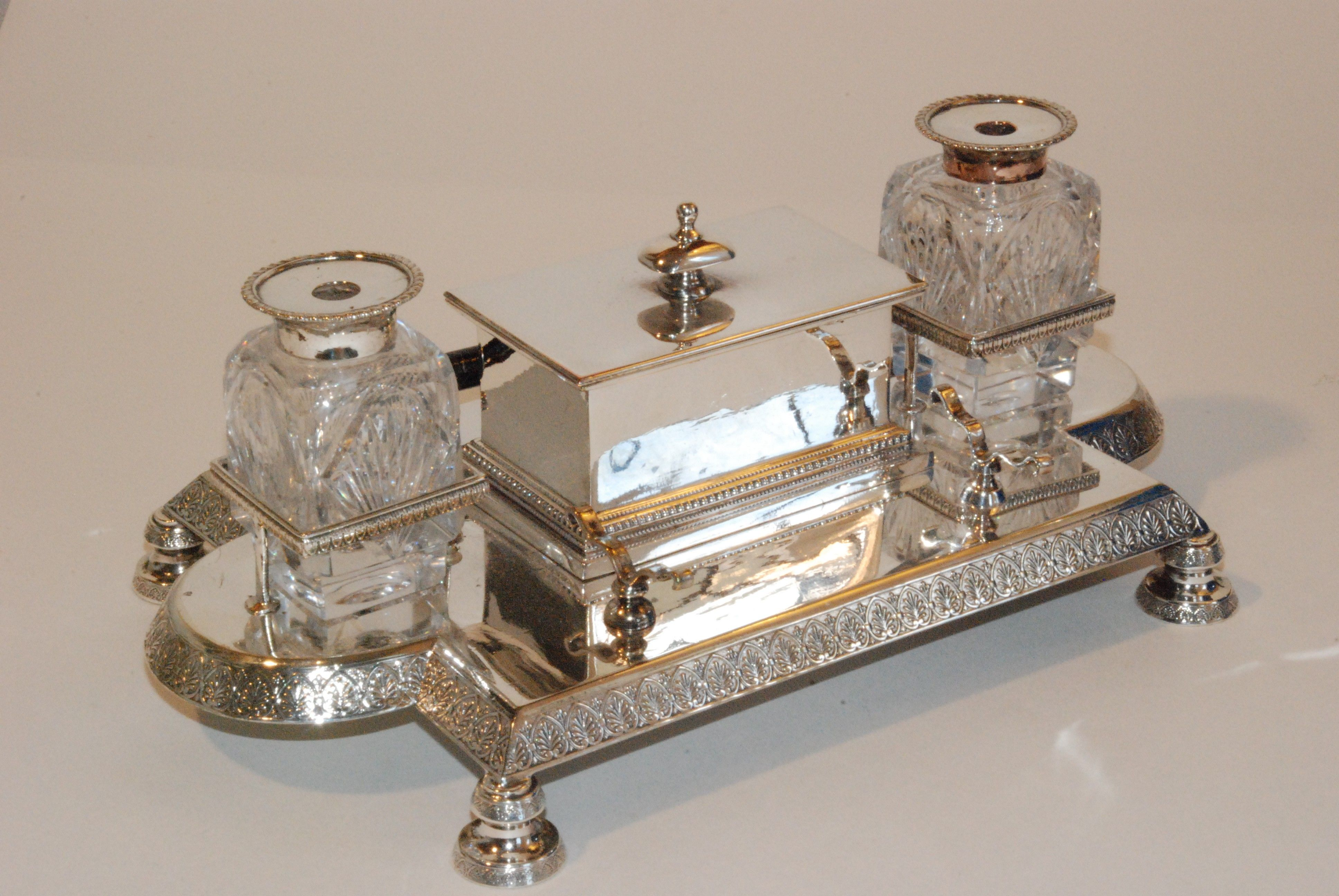 Dating antique inkwells