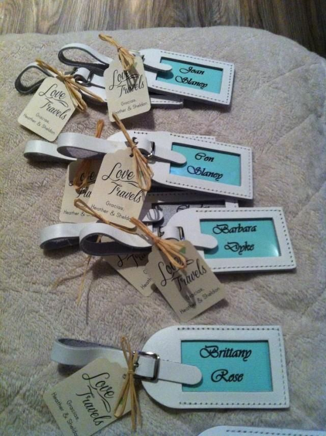 Wedding favors for destination wedding. Luggage tags!!! I like what ...